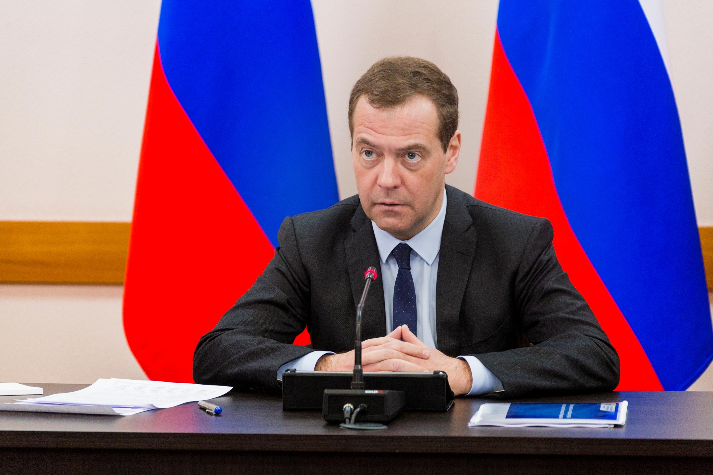 x0a9317 copy - Дмитрий Медведев прибыл в Югру, чтобы рассказать нефтяникам о новых налогах