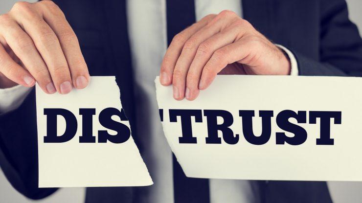Nedoverie 1078x516 2x 740x415 - В предвыборный год отлично заработали механизмы по работе с коррупцией: 1000 российских чиновников уволили за год из-за утраты доверия