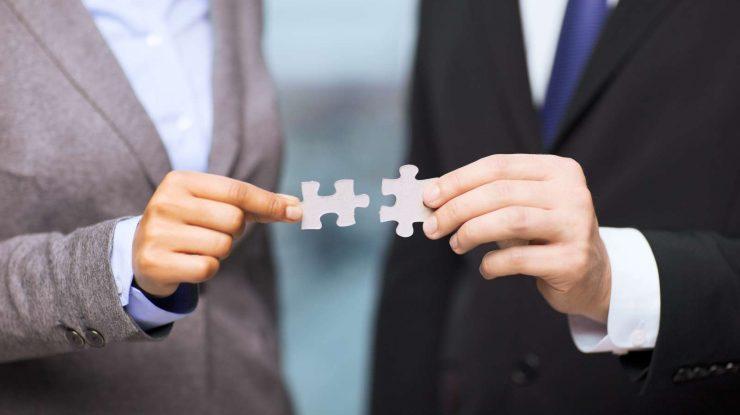 bigstock business and office concept 59127572 1600 740x415 - Поделились браздами: Югорские бизнесмены могут напрямую влиять на решения окружного правительств
