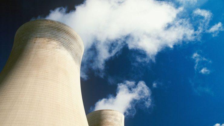 cooling towers 409395a 740x415 - Застроимся АЭС? Более 70% россиян поддерживают ядерную энергетику