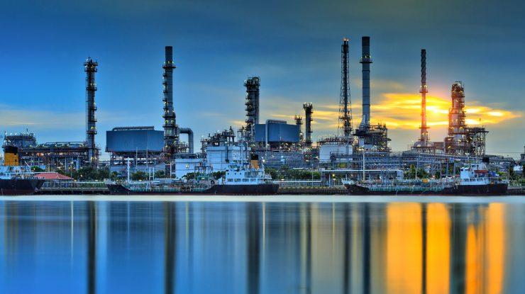 Oil Gas 740x415 - Промышленность Тюменской области бьет рекорды