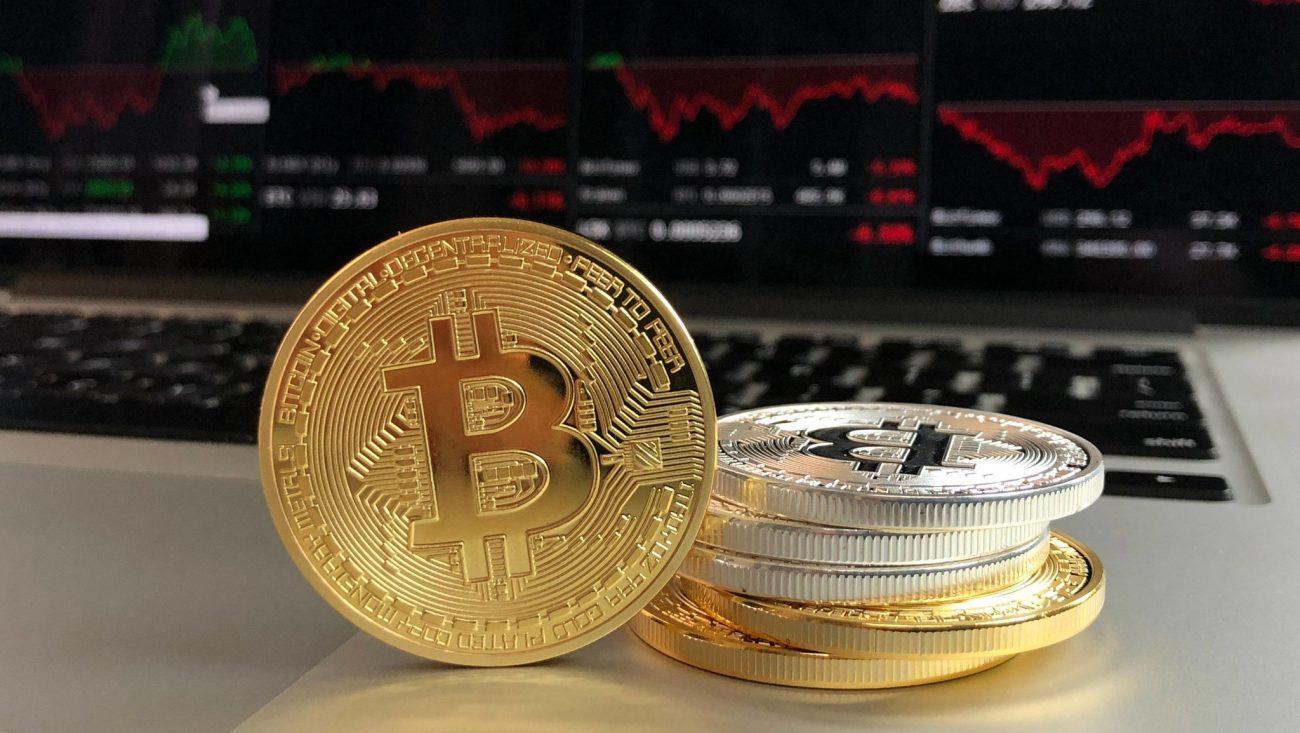 Криптовалюта: цена падает популярность растет