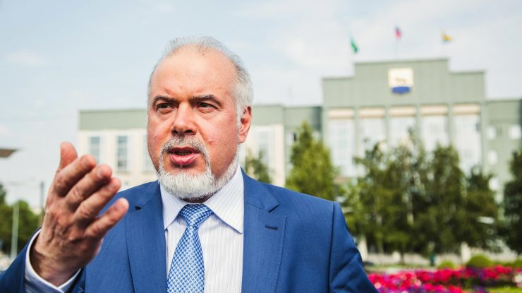 69458 740x415 - Поставь оценку мэру: Сургутян просят оценить эффективность Вадима Шувалова