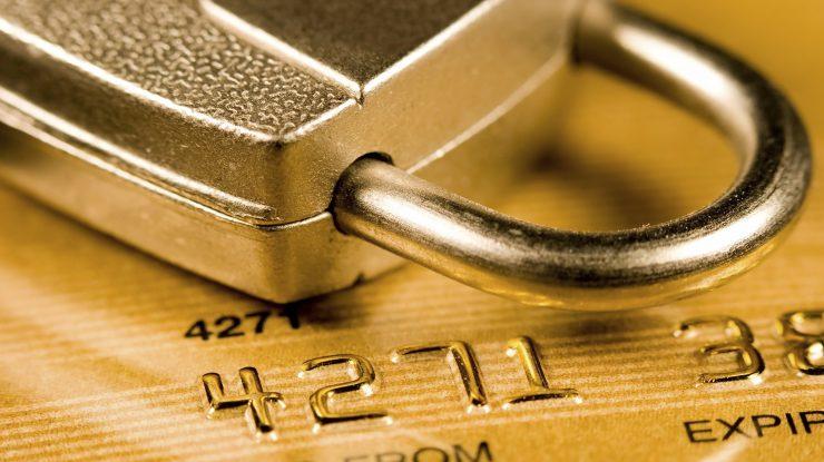 1505726435217923 740x415 - С 26 сентября банки смогут блокировать подозрительные операции по картам