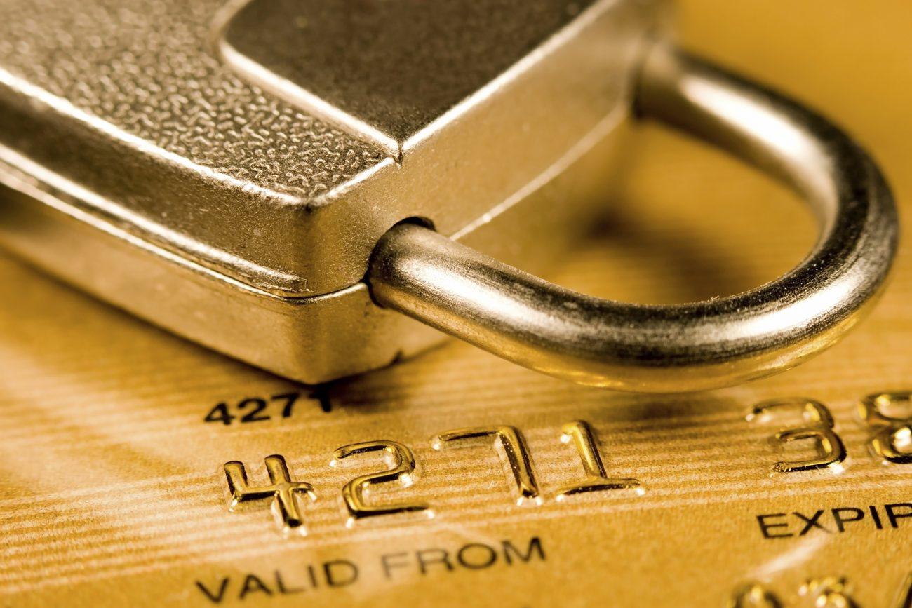 1505726435217923 - С 26 сентября банки смогут блокировать подозрительные операции по картам