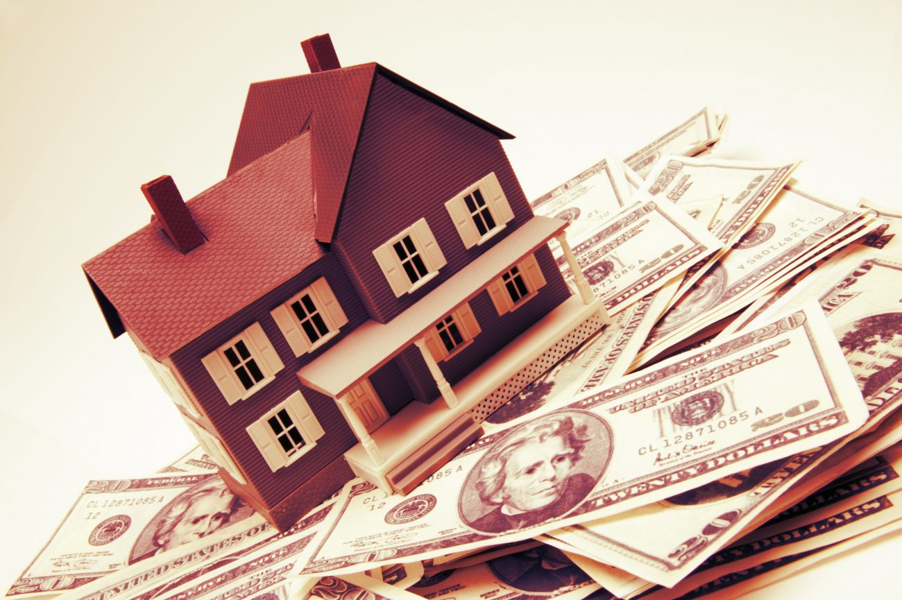 5bafad0688efeae7730f3d4d532eebbc - Из-за падения рубля россияне начали массово скупать недвижимость
