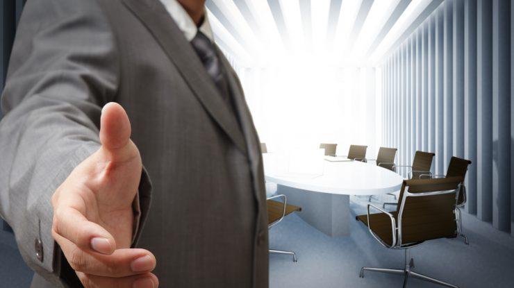 """business meeting graphicstock 740x415 - Бизнес по осени считают: выставка """"Сургут. Нефть и газ - 2018"""" соберет 80 экспонентов"""