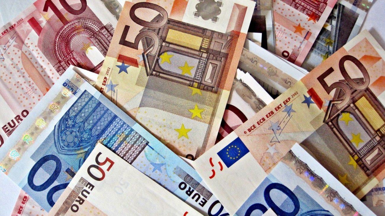 597acfebcb28158e4b37abeced65ac7a 1000 - Переход на евро и новые контракты: нефтяники пытаются защитить себя от санкций