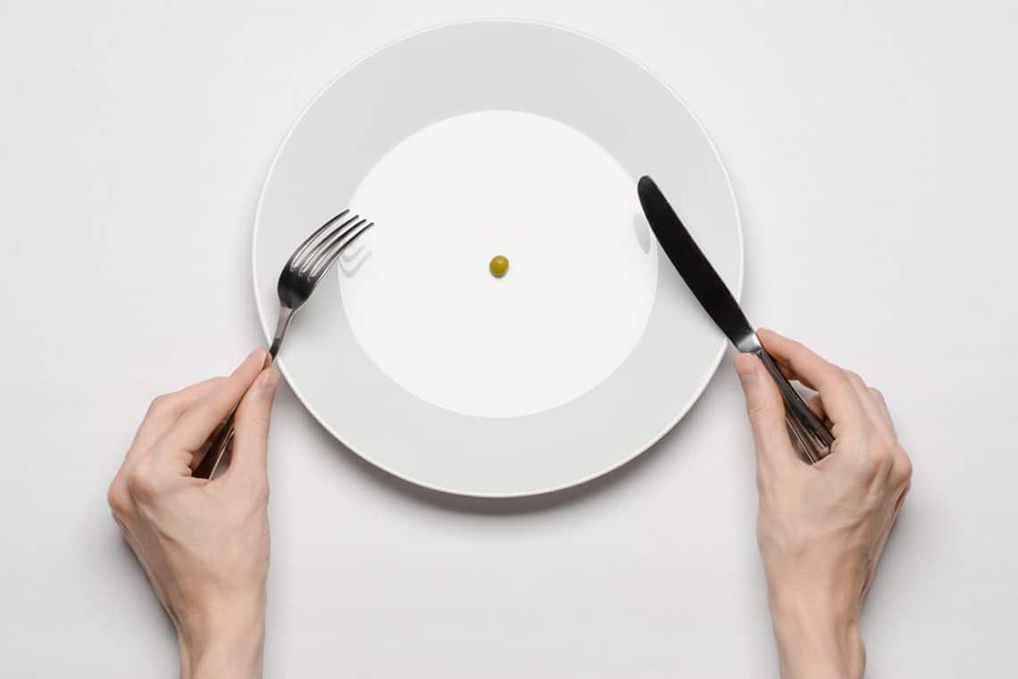blog 12 1140x760 - Министерская диета: депутат, похудевший на прожиточном минимуме готовит обращение в Госдуму